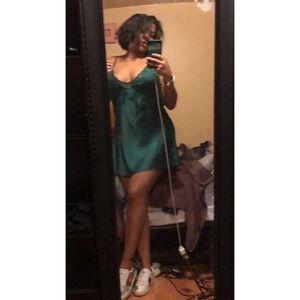 MAJORELLE Dresses - Green embroidered silk dress